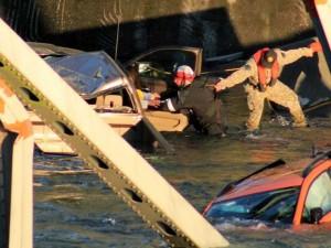 washington-bridge-collapse-2